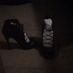 Shoes - Black leather heels new never worn